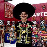 Гостиный двор стал домом для мексиканцев
